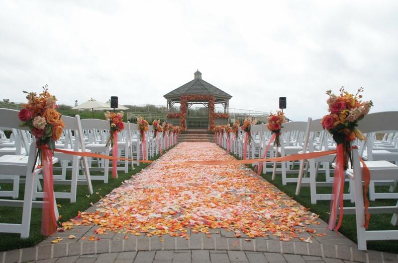 Inside Weddings - Colorful Wedding - Michelle Walker Photography